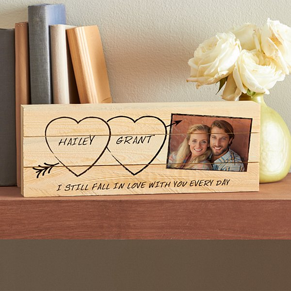 Carved in Love Photo Mini Wood Pallet
