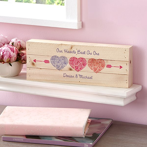 Floral Hearts Mini Wood Pallet