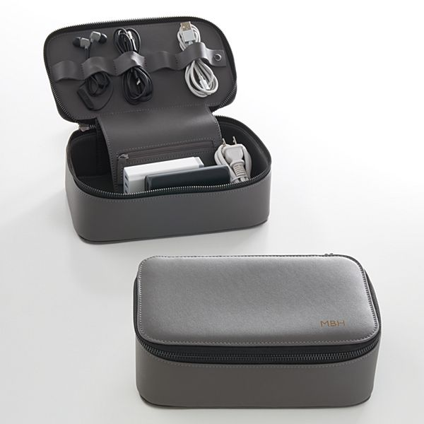Travel Tech Dopp Kit