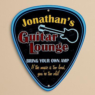 Guitar Lounge sign