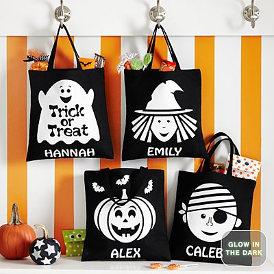 Ghostly Glow Halloween Glow In The Dark Treat Bags