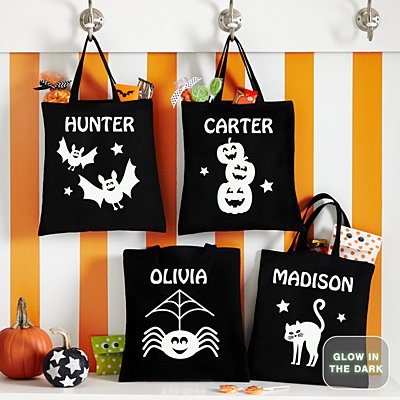 Super Spooky Halloween Glow In the Dark Treat Bags