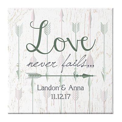 Love Never Fails Arrow Canvas 40x40 cm