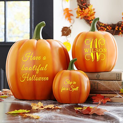 Light-Up Text Pumpkin Family
