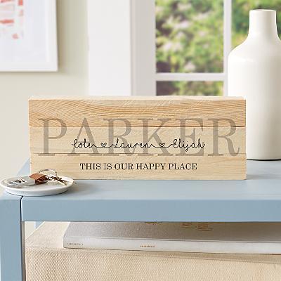 Family Love Mini Wood Pallet