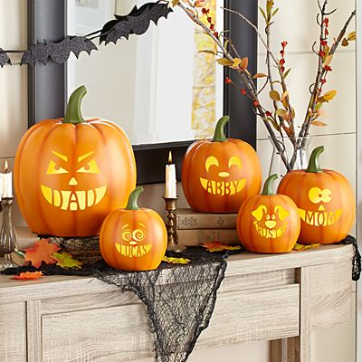 Light-Up Design Your Own Pumpkin Family