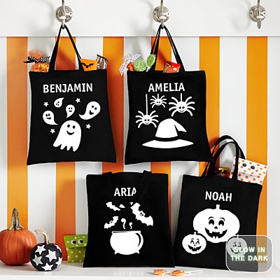 Spooktacular Glow In The Dark Treat Bags