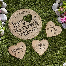 Love Grows Here Garden Stone