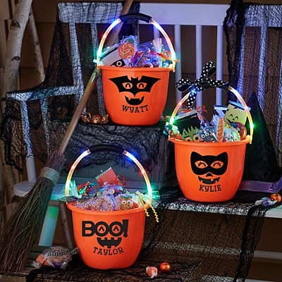 Light-Up Handle Treat Bucket