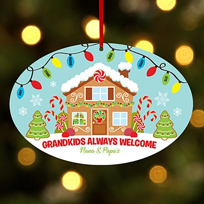 Gingerbread Greetings Oval Ornament