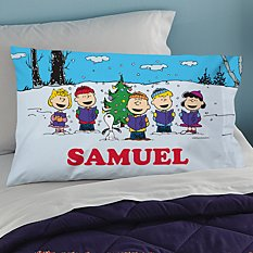 PEANUTS® Christmas Caroling Pillowcase
