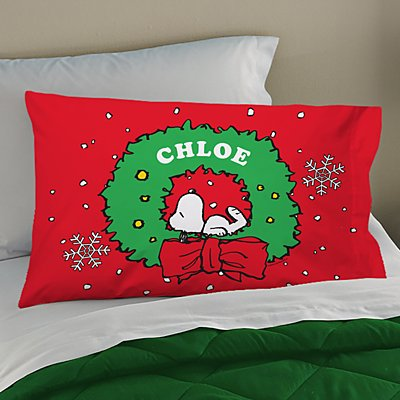 PEANUTS® Snoopy™ Holiday Wreath Pillowcase