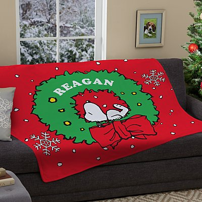 PEANUTS® Snoopy™ Holiday Wreath Plush Blanket
