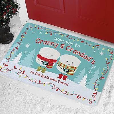 Lovable Marshmallow Holiday Doormat