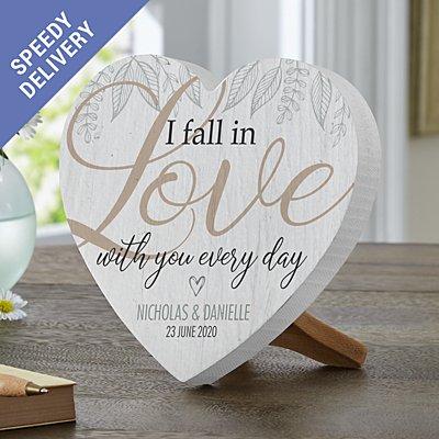 Falling in Love Mini Wooden Heart