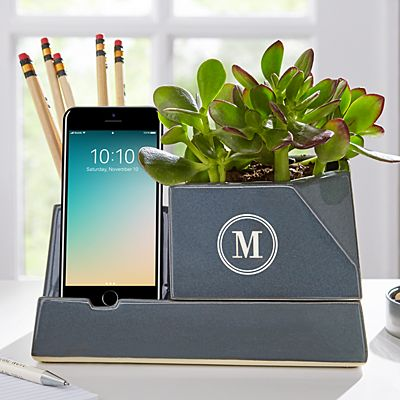 Sprout Planter Dock + Valet